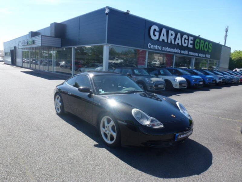 Voir la photo n°1 de la voiture d'occasion PORSCHE 911 CARRERA COUPE 996 — 3.4i