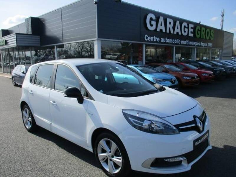 Voir la photo n°1 de la voiture d'occasion RENAULT SCENIC III — dCi 110 Limited