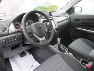 Voir la photo n°5 de la voiture 0KM SUZUKI VITARA — 1.0 Boosterjet Allgrip Privilege