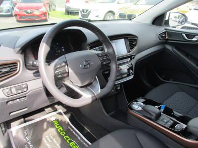 Voir la photo n°4 de la voiture d'occasion HYUNDAI IONIQ — Electric 120 ch Creative