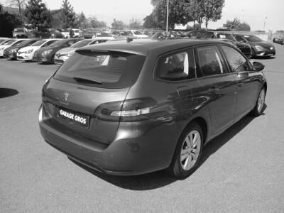 Voir la photo n°3 de la voiture d'occasion PEUGEOT 308 SW BUSINESS — BlueHDi 130ch S&S BVM6 Active Business