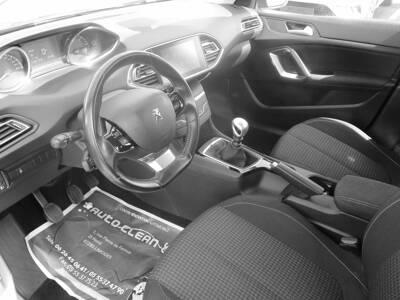 Voir la photo n°4 de la voiture d'occasion PEUGEOT 308 SW BUSINESS — BlueHDi 130ch S&S BVM6 Active Business
