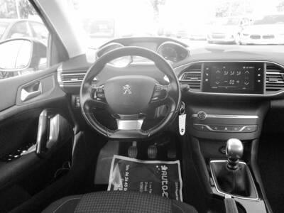 Voir la photo n°5 de la voiture d'occasion PEUGEOT 308 SW BUSINESS — BlueHDi 130ch S&S BVM6 Active Business