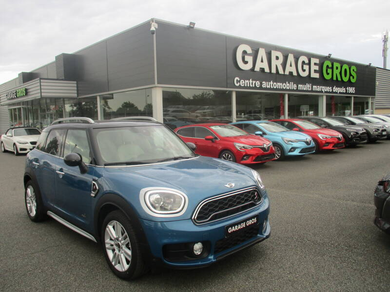 Voir la photo n°1 de la voiture d'occasion MINI MINI COUNTRYMAN F60 — 192 ch ALL4 BVA8 Cooper S Basic