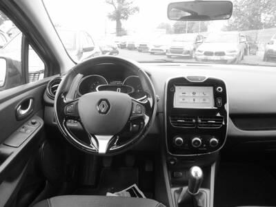 Voir la photo n°5 de la voiture d'occasion RENAULT CLIO IV BUSINESS — dCi 90 Energy eco2 82g Business