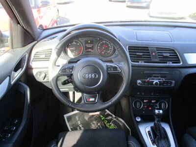 Voir la photo n°5 de la voiture d'occasion AUDI Q3 — 2.0 TDI 150 ch S tronic 7 Midnight Series