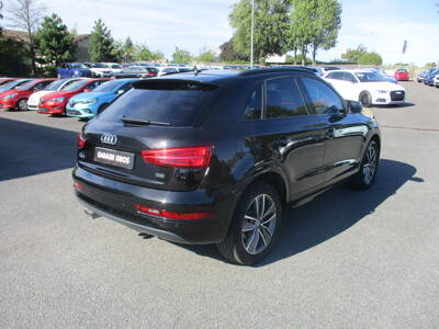 Voir la photo n°3 de la voiture d'occasion AUDI Q3 — 2.0 TDI 150 ch S tronic 7 Midnight Series