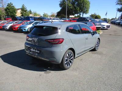 Voir la photo n°3 de la voiture 0KM RENAULT CLIO V — Blue dCi 115 Intens