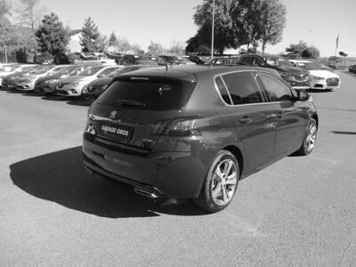 Voir la photo n°4 de la voiture 0KM PEUGEOT 308 — BlueHDi 130ch S&S EAT8 GT Line