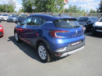 Voir la photo n°2 de la voiture 0KM RENAULT CAPTUR — Blue dCi 115 EDC Business