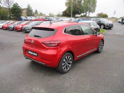 Voir la photo n°5 de la voiture 0KM RENAULT CLIO V — TCe 100 Intens
