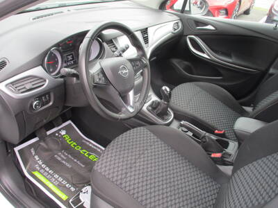 Voir la photo n°4 de la voiture d'occasion OPEL ASTRA SPORTS TOURER — 1.6 CDTI 110 ch Start/Stop Edition