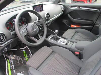 Voir la photo n°5 de la voiture d'occasion AUDI A3 BERLINE — 30 TDI 116 Sport