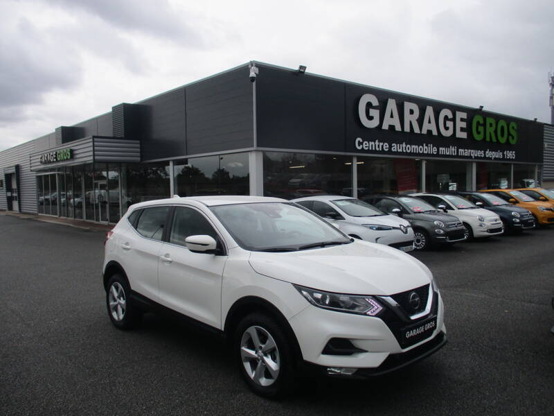 Voir la photo n°1 de la voiture d'occasion NISSAN QASHQAI — 1.5 dCi 115 DCT Business Edition