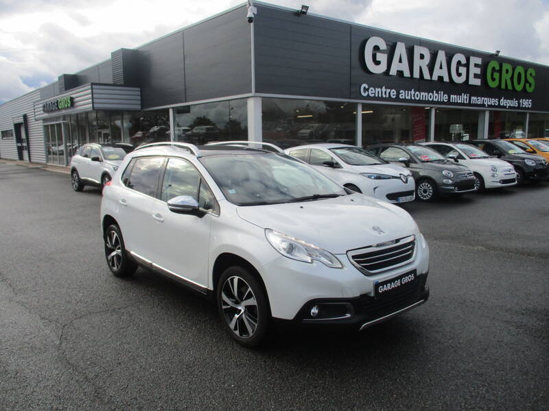 Voir la photo n°1 de la voiture d'occasion PEUGEOT 2008 — 1.6 BlueHDi 120ch S&S BVM6 Allure