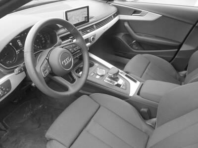 Voir la photo n°4 de la voiture d'occasion AUDI A4 AVANT — 50 TDI 286 Tiptronic 8 Quattro S line