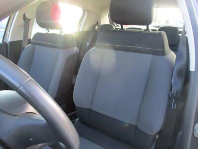 Voir la photo n°5 de la voiture d'occasion CITROEN C3 — BlueHDi 100 S&S BVM5 Feel