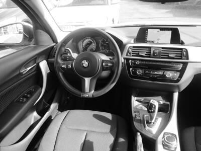 Voir la photo n°5 de la voiture d'occasion BMW SERIE 1 F20 LCI2 — 118d 150 ch BVA8 Lounge