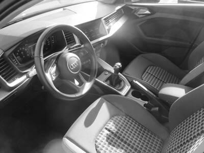 Voir la photo n°4 de la voiture d'occasion AUDI A1 SPORTBACK — 25 TFSI 95 ch BVM5 Design