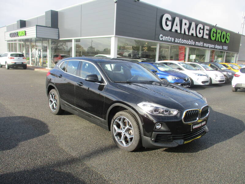Voir la photo n°1 de la voiture d'occasion BMW X2 F39 — sDrive 18i 140 ch DKG7 Lounge Plus