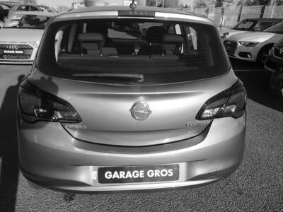 Voir la photo n°4 de la voiture d'occasion OPEL CORSA — 1.3 ECOTEC Diesel  95 ch Edition