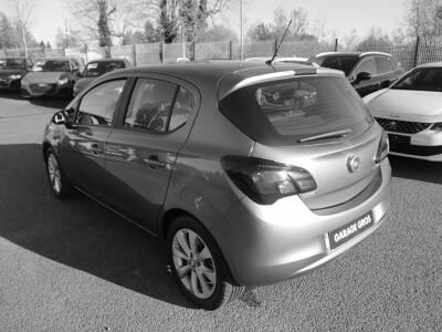 Voir la photo n°2 de la voiture d'occasion OPEL CORSA — 1.3 ECOTEC Diesel  95 ch Edition
