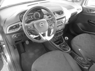Voir la photo n°5 de la voiture d'occasion OPEL CORSA — 1.3 ECOTEC Diesel  95 ch Edition