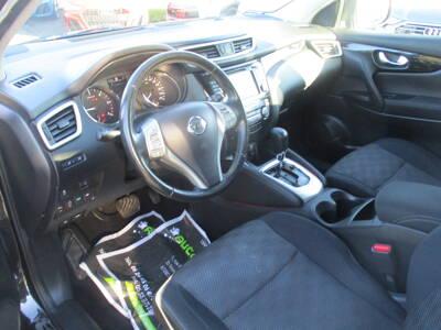 Voir la photo n°4 de la voiture d'occasion NISSAN QASHQAI — 1.6 dCi 130 Stop/Start Connect Edition Xtronic A