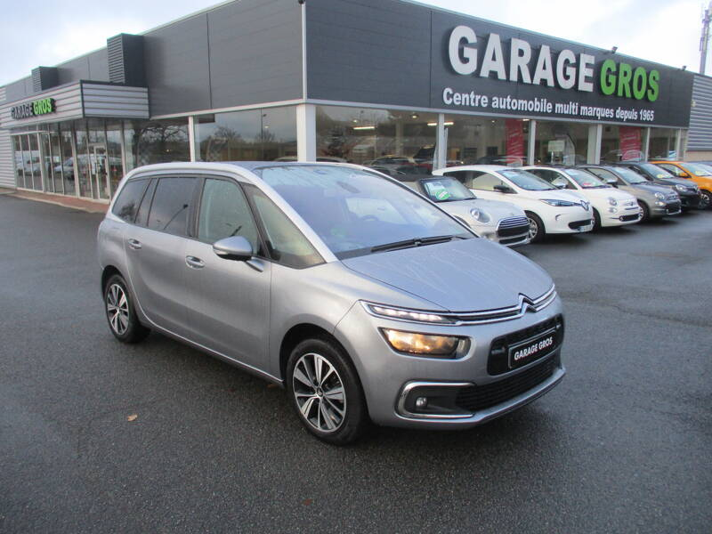 Voir la photo n°1 de la voiture d'occasion CITROEN GRAND C4 PICASSO — BlueHDi 120 S&S Feel