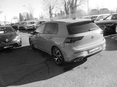 Voir la photo n°2 de la voiture 0KM VOLKSWAGEN GOLF — 2.0 TDI SCR 150 DSG7 R-Line 1st