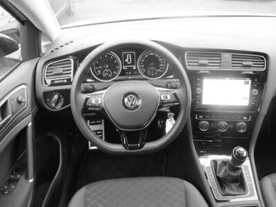 Voir la photo n°5 de la voiture d'occasion VOLKSWAGEN GOLF — 1.5 TSI 130 EVO BVM6 IQ.DRIVE