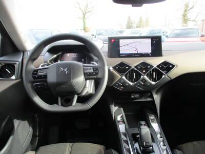 Voir la photo n°5 de la voiture 0KM DS DS3 CROSSBACK — PureTech 130 S&S BVA8 So Chic