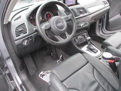 Voir la photo n°5 de la voiture d'occasion AUDI Q3 — 2.0 TDI 184 ch S tronic 7 Quattro Ambition Luxe
