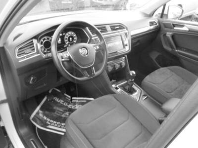 Voir la photo n°5 de la voiture d'occasion VOLKSWAGEN TIGUAN — 2.0 TDI 150 BMT 4Motion Carat