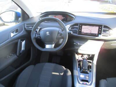 Voir la photo n°5 de la voiture 0KM PEUGEOT 308 — PureTech 130ch S&S EAT8 Allure Pack