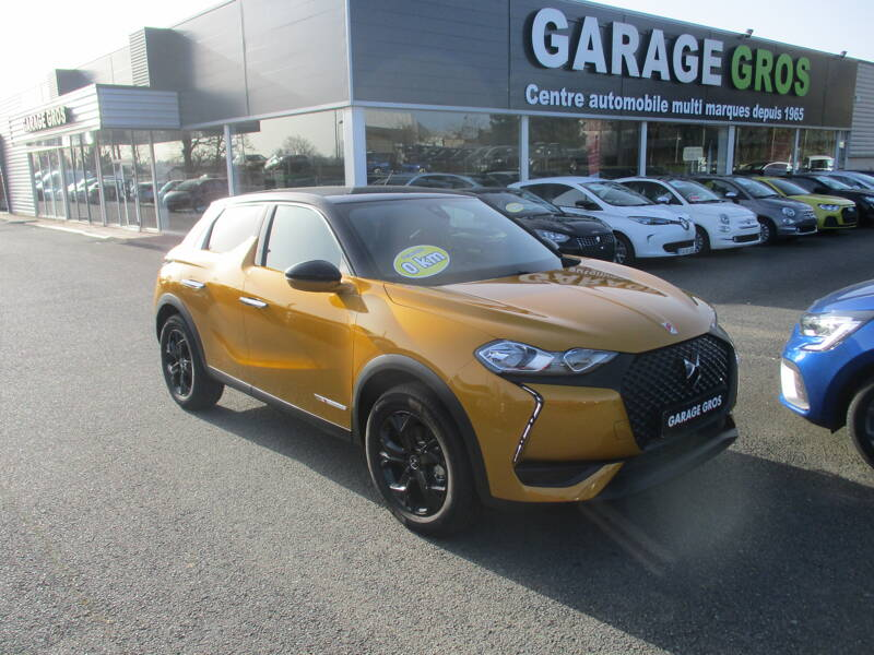 Voir la photo n°1 de la voiture 0KM DS DS3 CROSSBACK — PureTech 130 S&S BVA8 Performance Line