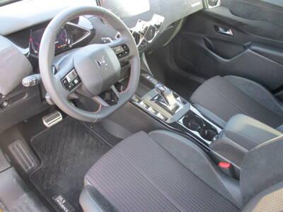Voir la photo n°4 de la voiture 0KM DS DS3 CROSSBACK — PureTech 130 S&S EAT8 Performance Line