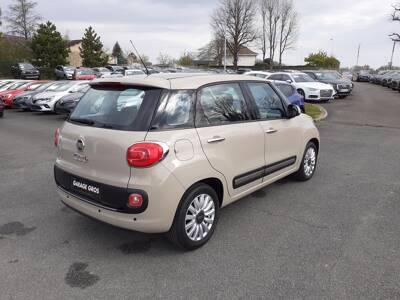 Voir la photo n°3 de la voiture d'occasion FIAT 500L — 1.4 16V 95 ch Popstar