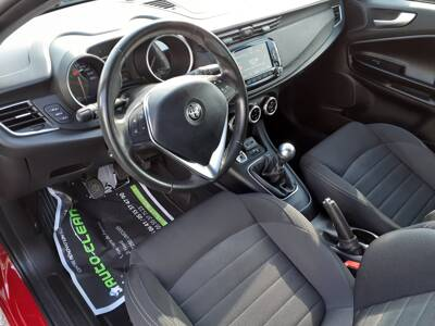 Voir la photo n°4 de la voiture d'occasion ALFA ROMEO GIULIETTA SERIE 2 — 1.6 JTDm 120 ch S&S Super