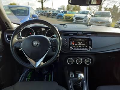 Voir la photo n°5 de la voiture d'occasion ALFA ROMEO GIULIETTA SERIE 2 — 1.6 JTDm 120 ch S&S Super