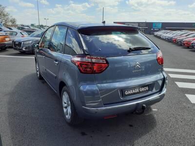 Voir la photo n°2 de la voiture d'occasion CITROEN C4 PICASSO — HDi 110 FAP Exclusive