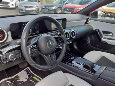 Voir la photo n°4 de la voiture d'occasion MERCEDES CLASSE A — 180 d 7G-DCT Style Line