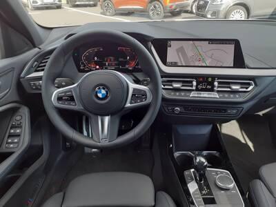 Voir la photo n°5 de la voiture d'occasion BMW SERIE 1 F40 — 118d 150 ch BVA8 M Sport