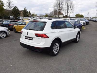 Voir la photo n°3 de la voiture d'occasion VOLKSWAGEN TIGUAN BUSINESS — 2.0 TDI 115 BMT Confortline Business
