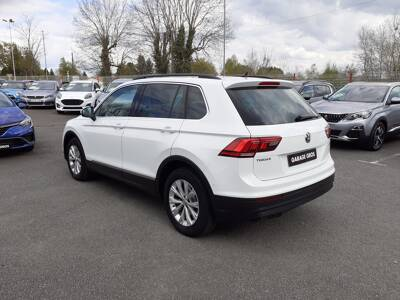 Voir la photo n°2 de la voiture d'occasion VOLKSWAGEN TIGUAN BUSINESS — 2.0 TDI 115 BMT Confortline Business