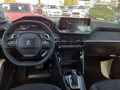 Voir la photo n°5 de la voiture 0KM PEUGEOT 208 — PureTech 100 S&S EAT8 Style