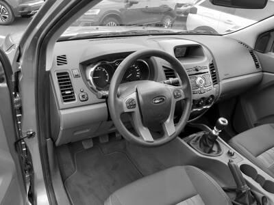 Voir la photo n°4 de la voiture d'occasion FORD RANGER SUPER CABINE — 2.2 TDCi 150 4X4 XLT SPORT