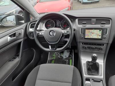 Voir la photo n°5 de la voiture d'occasion VOLKSWAGEN GOLF — 1.6 TDI 110 BlueMotion Technology FAP Trendline