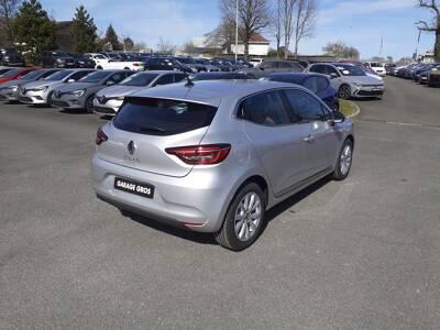 Voir la photo n°3 de la voiture 0KM RENAULT CLIO V — TCe 90 Intens