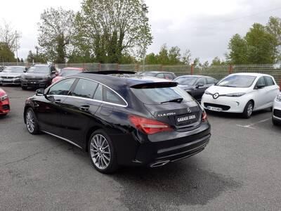 Voir la photo n°2 de la voiture d'occasion MERCEDES CLASSE CLA SHOOTING BRAKE — 200 d 7G-DCT Starlight Edition